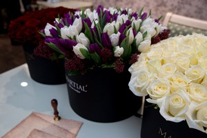 Букет в оазисе фото, цветов с доставки москва центр